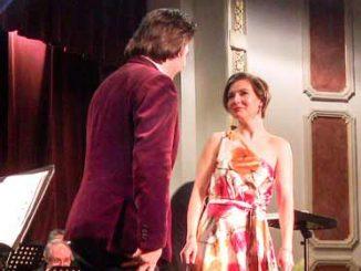 Gabriela Istoc Paul Lungu Focsani seara opera persoane cu dizabilitati