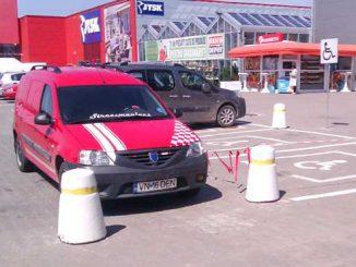 blocat parcare pentru persoanele cu dizabilitati